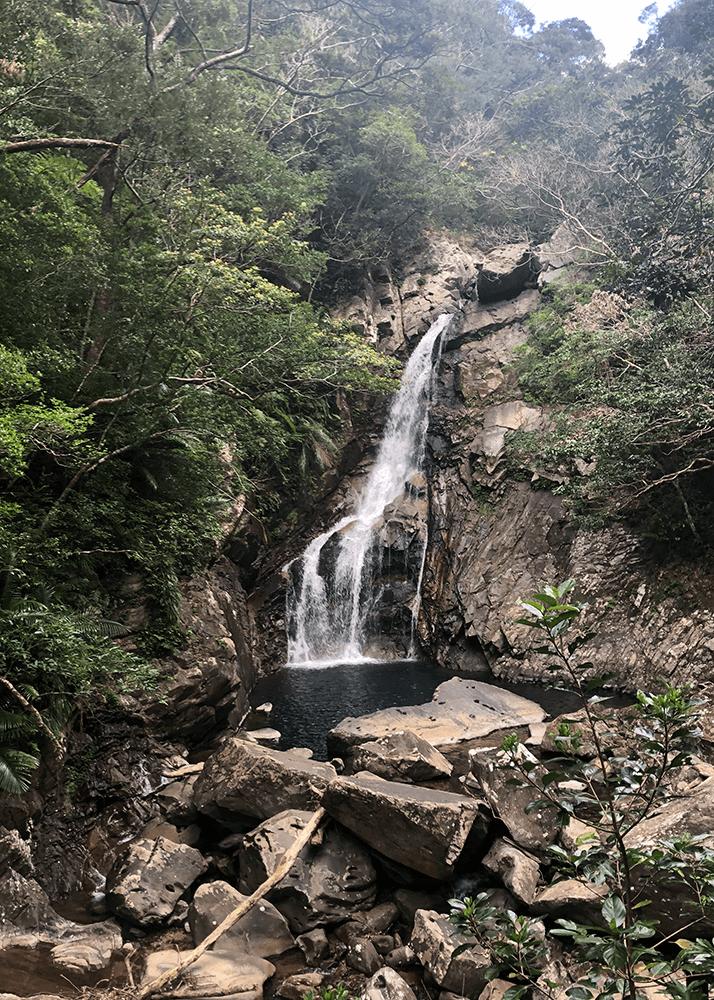 比地大滝(ヒチオオタキ)
