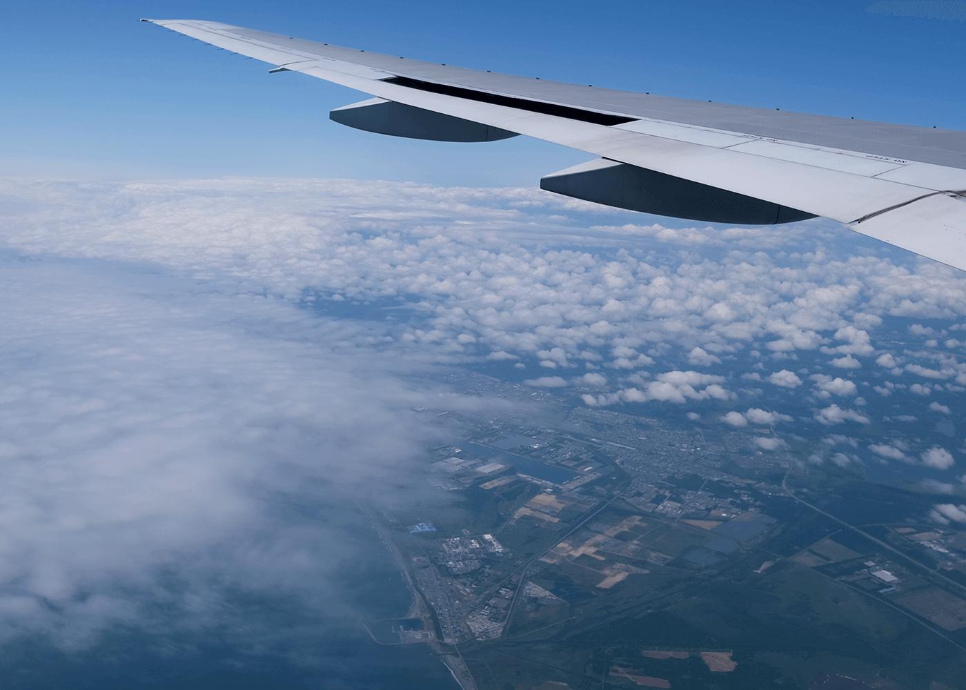 札幌千歳空港へ。穏やかな空の旅。